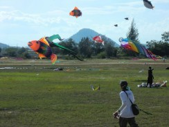 Международный фестиваль воздушных змеев в Ча-аме
