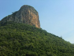 Прогулка на лодке в национальном парке Sam Roi Yot